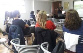 Visita de la English Language Fellow Anna McCourt a USHICANA